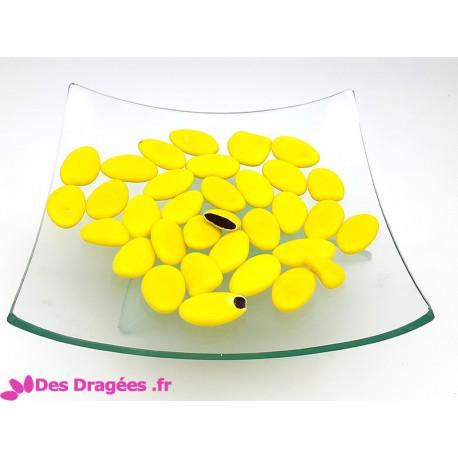 Dragées chocolat jaune brillant, déclassées
