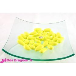 Dragées amande jaune citron brillant, déclassées