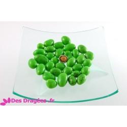 Dragées amande enrobées de giandujine, vert pistache, déclassées