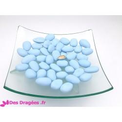 Dragées amande supérieures bleu mat, déclassées